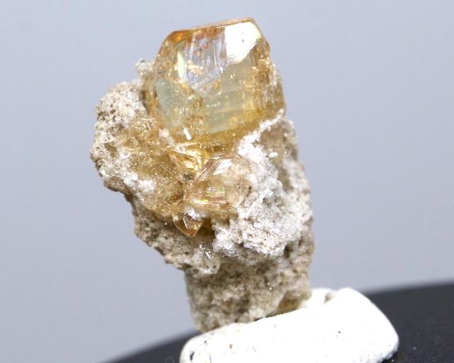 自主採掘!ユタ州産 トパーズ 1,6g 原石 標本 TZ032