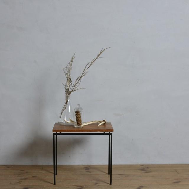 Side Table / サイドテーブル〈花台・ティーテーブル・カフェ テーブル・アンティーク・ヴィンテージ〉112289