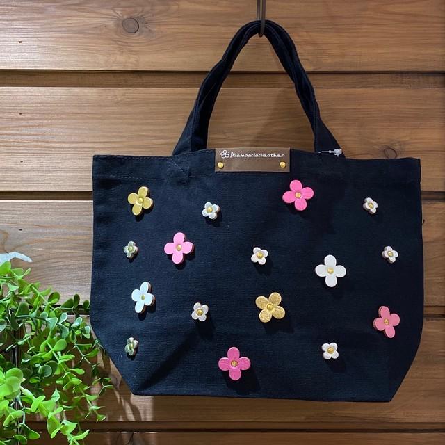 【オンラインショップ限定価格¥3,510→¥2,530】No.459ランチトートバッグS(花色ピンクカラー)