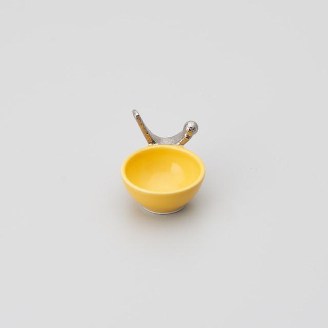 【古千窯】黄釉つまみ銀彩丸珍味入れ(強化磁器)