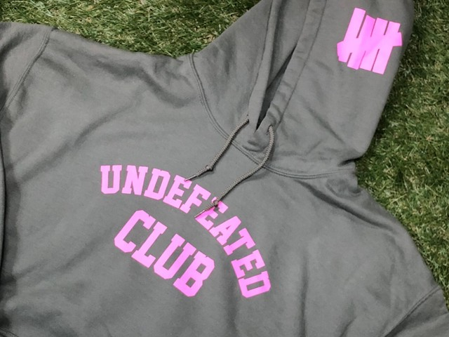 ASSC ANTI SOCIAL SOCIAL CLUB  × UNDEFEATED CLUB HOODED SWEATSHIRT OLIVE LARGE 45 7756