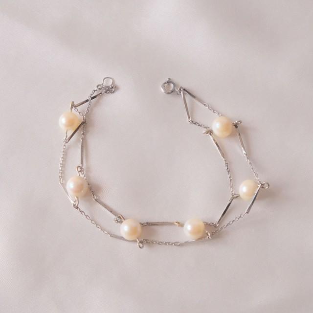 The Feminine Wrist ~ The  Bracelet Collection Edition 9 2