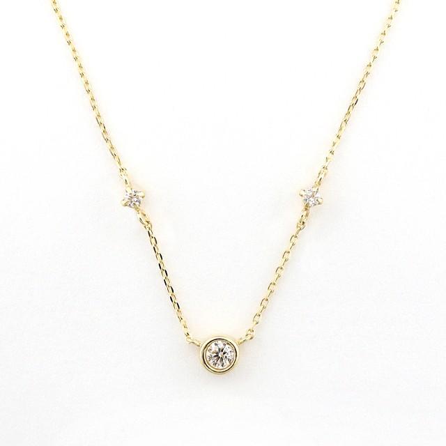 luster bezel necklace