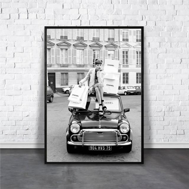 Vintage car & Girl / 【アートポスター専門店 Aroma of Paris】[AP-000113]