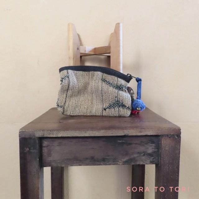 チェンマイ ナガ族刺繍のポーチ 赤色×青色