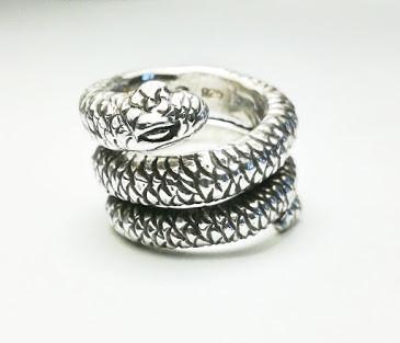 Snake ring typeA