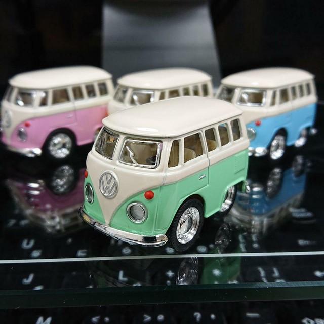 WELLY/ウイリー製 ファニーワーゲンバス  4色4台セット