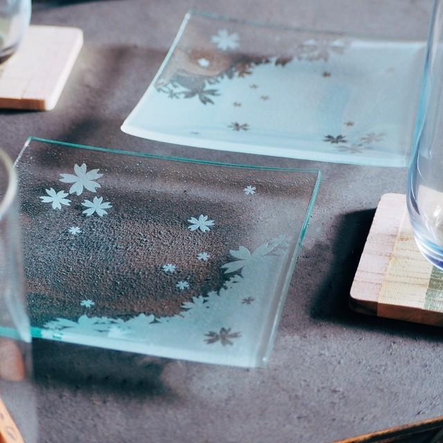 【ペア販売】桜 の ガラス スクエア皿 a b 2枚
