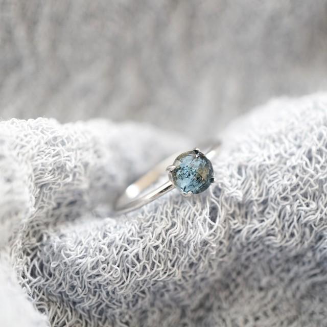 モスカイヤナイト ディープブルーの天然石 一粒リング SV925