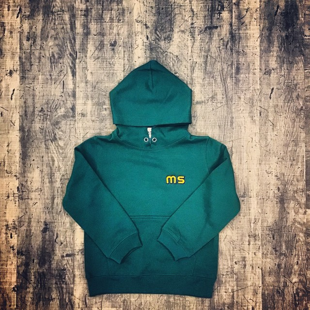 M's FLAGS  EMBROIDERED HOODIOE