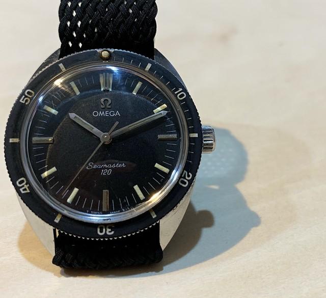 【OMEGA】シーマスター120  1968's ノンデイト 手巻き Ref.135.027 / Black dial / OH Hand winding