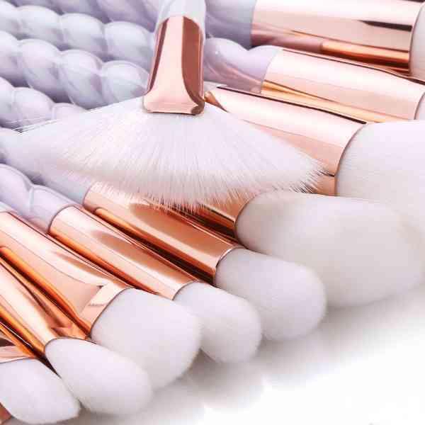 女優仕様 ホワイトカラー ユニコーン モデル 10本セット 美しい メイクブラシ 化粧ブラシ ohab152