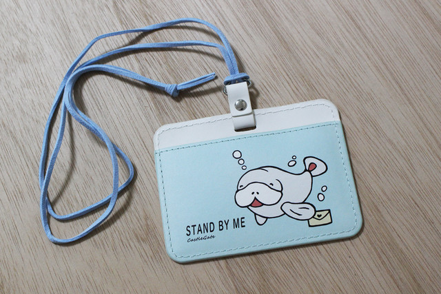 マナティの軽いIDカードケース☆パスケース
