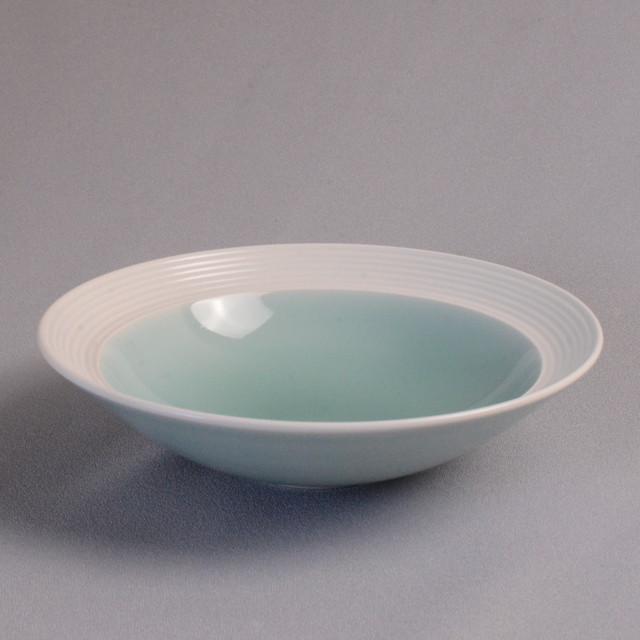 青磁白彩中鉢 伊万里焼(鍋島焼)大秀窯
