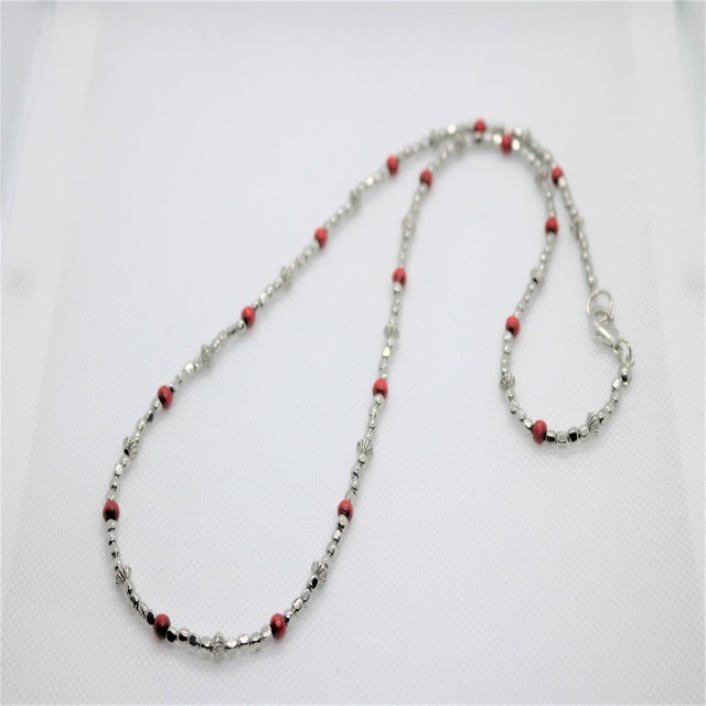 Red Beads Necklace(Remains to be)