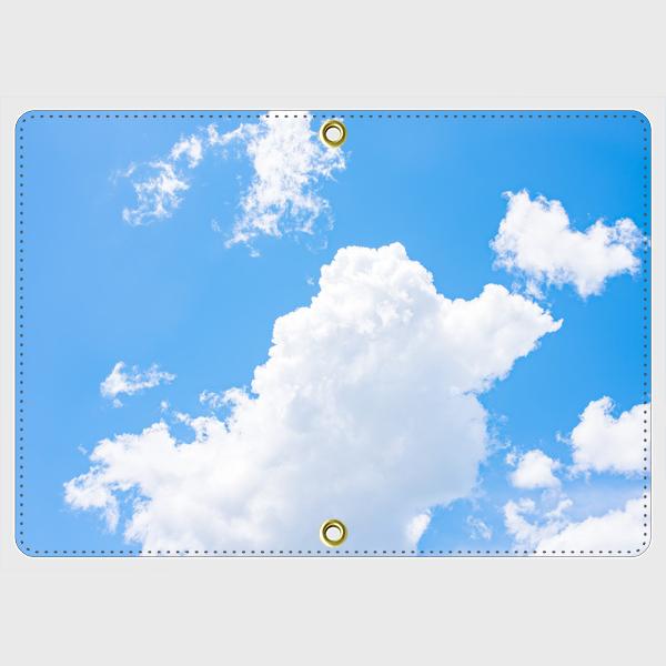 【送料無料】~passport case/青空と白い雲パスポートケース~ パスポートケース カード チケット 手作り オーダーメイド 収納 二つ折り 二つ折 ポリウレタン 風景 景色 青空 地球 雲 青 空