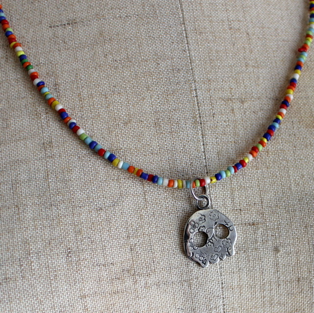 Dokuro w/Mixed Color African Beads