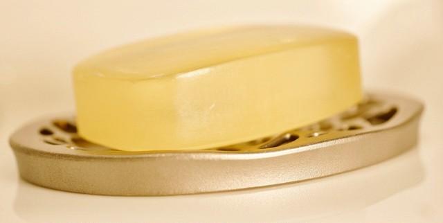 水面(soap dish)