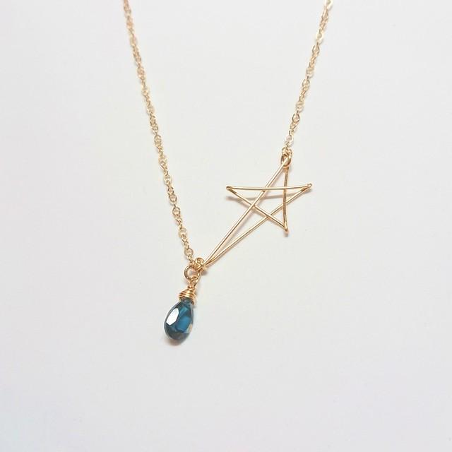 ロンドンブルートパーズのスターネックレス✧star bright jewelry