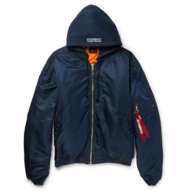 VETEMENTS / Alpha Industries Edition Hooded Bomber Jacket / Navy
