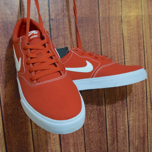 【NIKE】SB CHARGE CNVS(mystic red)/ 27.5cm