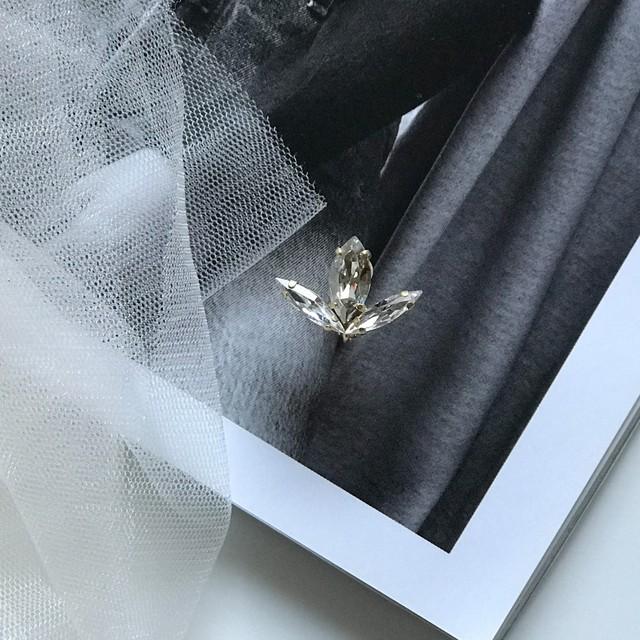 Leaf Bijoux CRYSTAL pierce / earring(single)