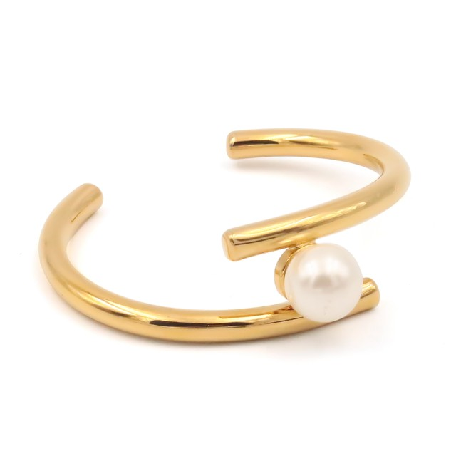 Pearl stainless bangle