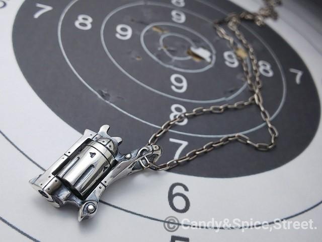 Russian Roulette ロシアンルーレット ペンダントトップ☆シルバーアクセサリー Pt-51