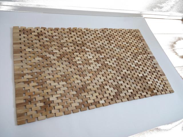 ハウスウェア・マット:チーク素材のナチュラルカラータイプの玄関マット、バスマット