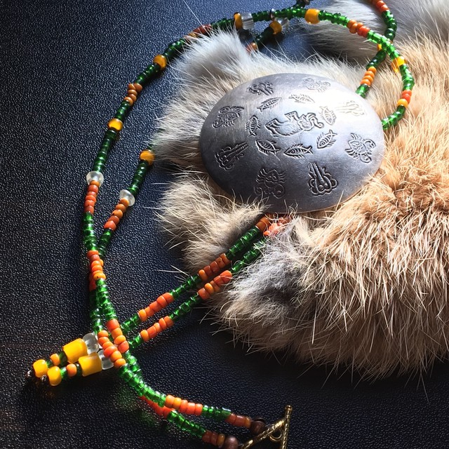 【No.207】民族衣装に相性抜群 カレンシルバーTOP antique シードビーズ ネックレス