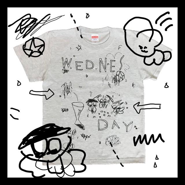 """T-shirt """"水曜日にスイカやコンタクト"""""""