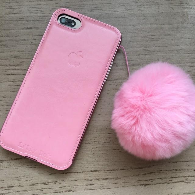 iPhone7・ピンクのボンボンストラップ付き 「Lilly DnK」