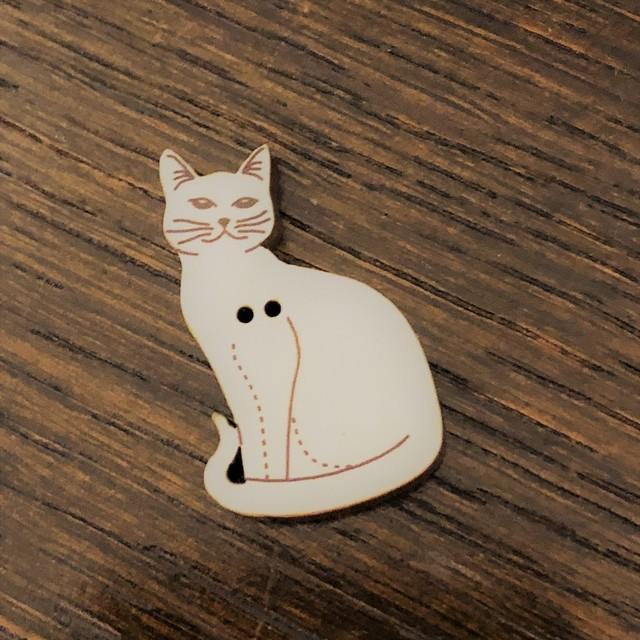 フランス製 木製ボタン アトリエ  cat キャット 流し目M セピア FRANCE 猫雑貨 猫ボタン ハンドメイド