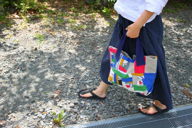 リネンパッチワークトートバッグ120 L カラフル×チェック  リネンを使ったおしゃ れなパッチワークバッグの通販 spicaの庭