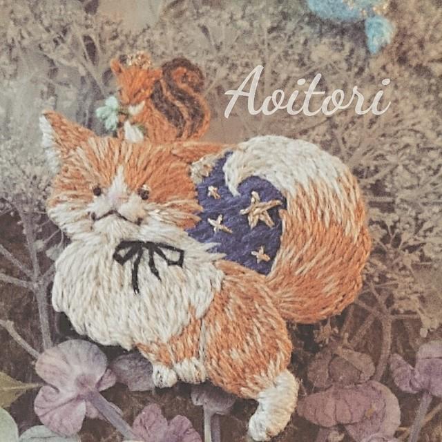 Aoitori   刺繍や布花で綴る景色の飾りたち