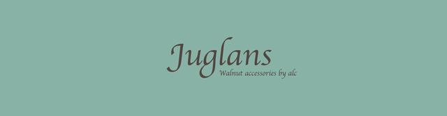 Juglans クルミの木のアクセサリー