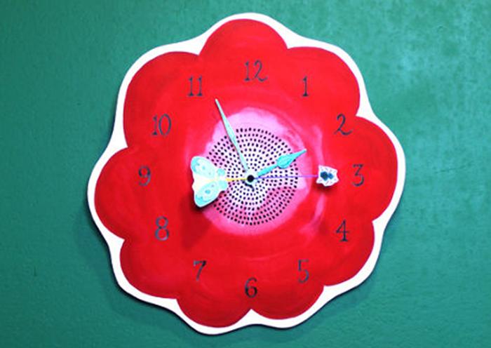 どんなお部屋にもぴったり♡イラストレーター「大山奈歩」の色合わせにこだわったお花の壁時計