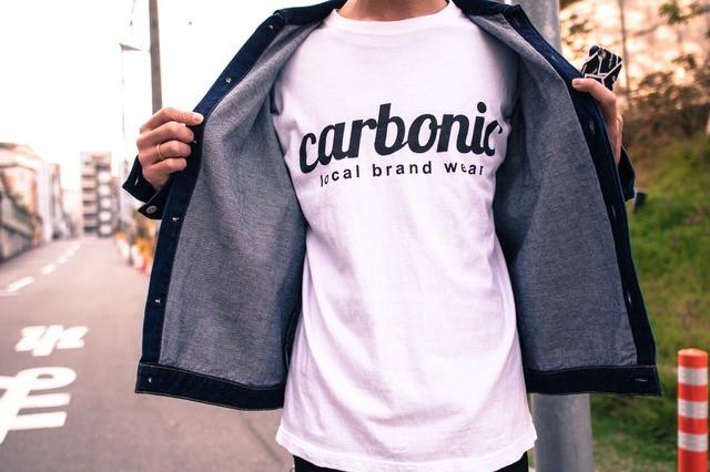 ハジけるファッション!炭酸を意味する「Carbonic」のアイテムであなたのセンスに刺激を。