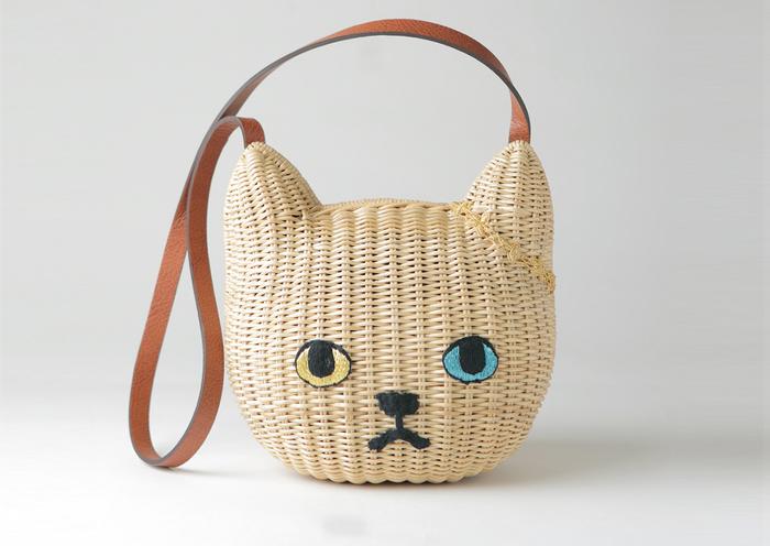大人可愛い♡「KEORA KEORA TOKYO」のオッドアイのネコカゴバッグ