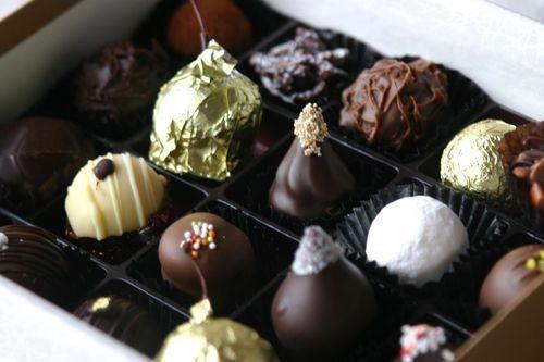 菓子工房シュバリエの職人が手をかけて作り上げた、大人のお菓子