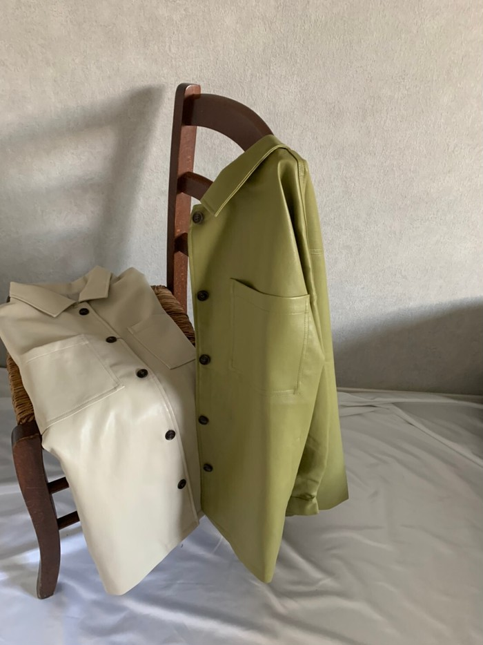 BIGシルエットが可愛い``Fake leather jacket`` 送料無料期間中!!!