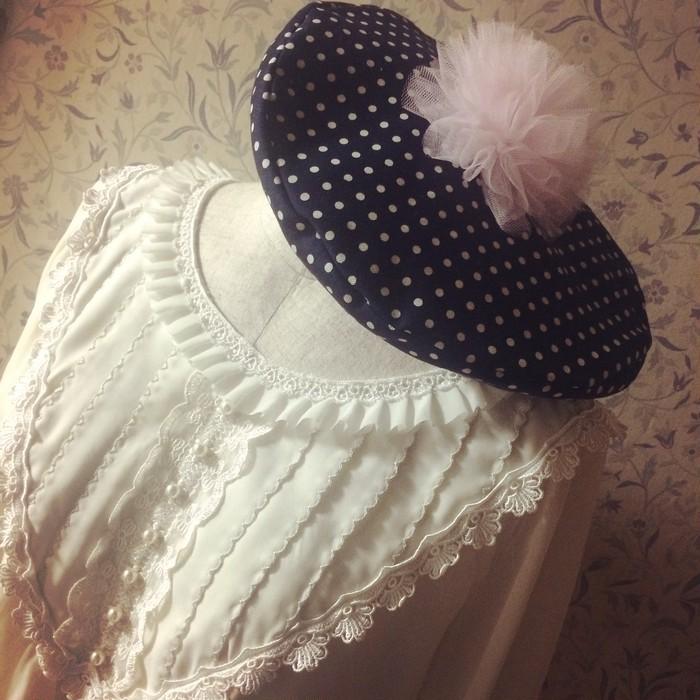 ふわふわチュールのぽんぽんが春らしい♡機能性も備えたガーリーベレー帽