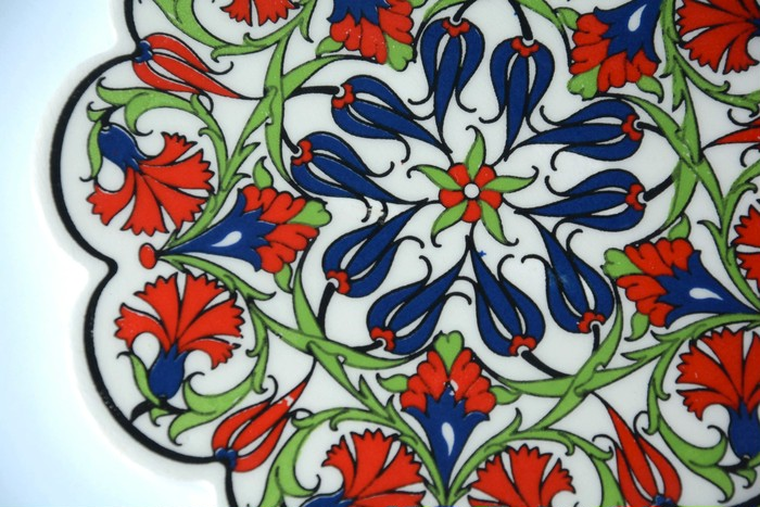 【マレーシア小物】イスラムタイルの花柄がかわいい鍋敷き