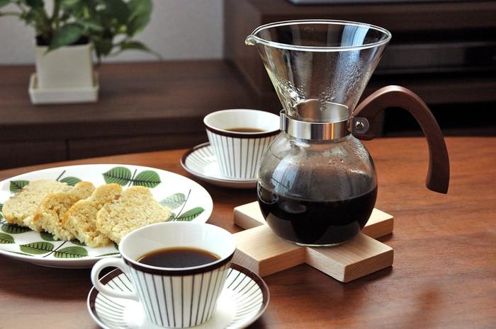 自分時間をゆっくりと。コーヒーをドリップして読書やカフェタイムどうですか?