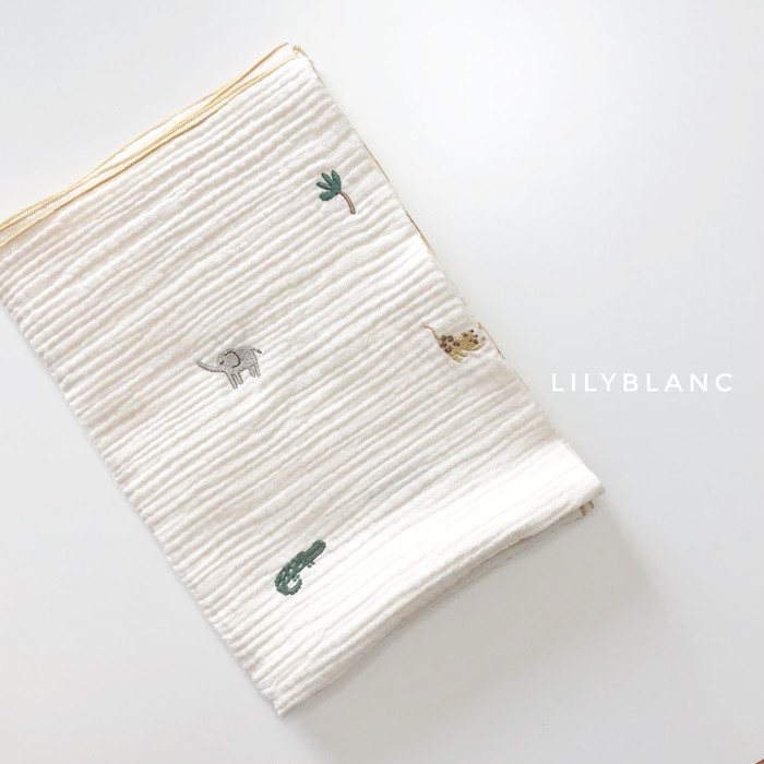 LilyBlancの動物の仲間たち刺繍ブランケット୨୧