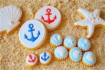 インテリアとして飾っても良し、食べても良し。夏や海をイメージしたマリンなアイシングクッキー