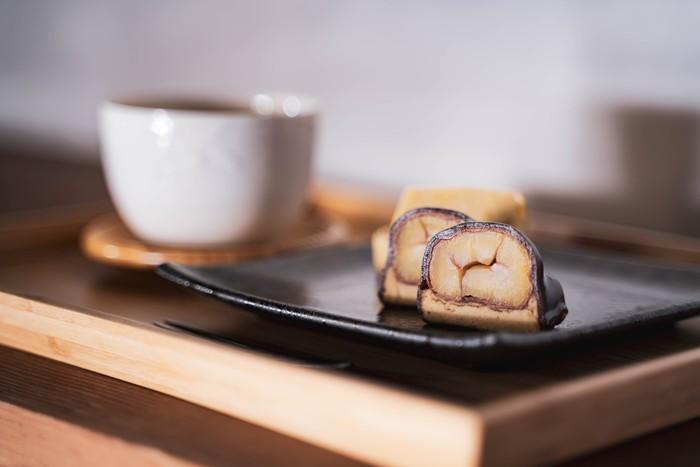 9月21日は敬老の日。おじいさま、おばあさまに、日向利久庵の栗菓子を贈りませんか?