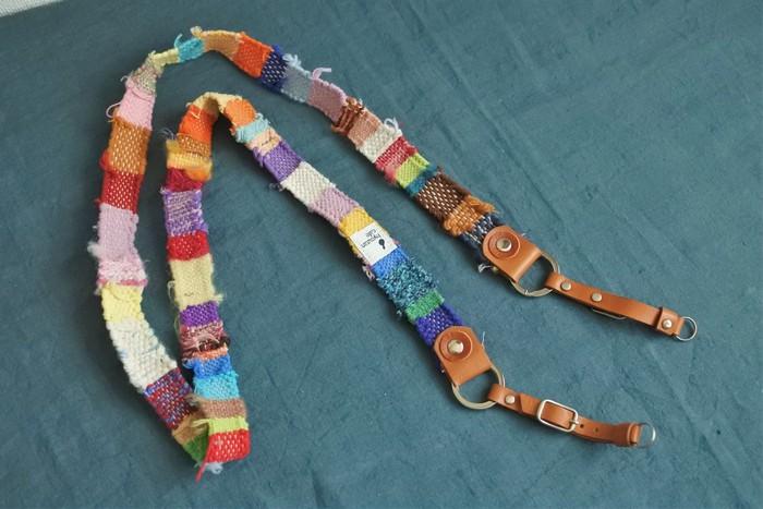 色と糸の組み合わせに個性が光る!「さをり織り」で作られた世界に一つのカメラストラップ