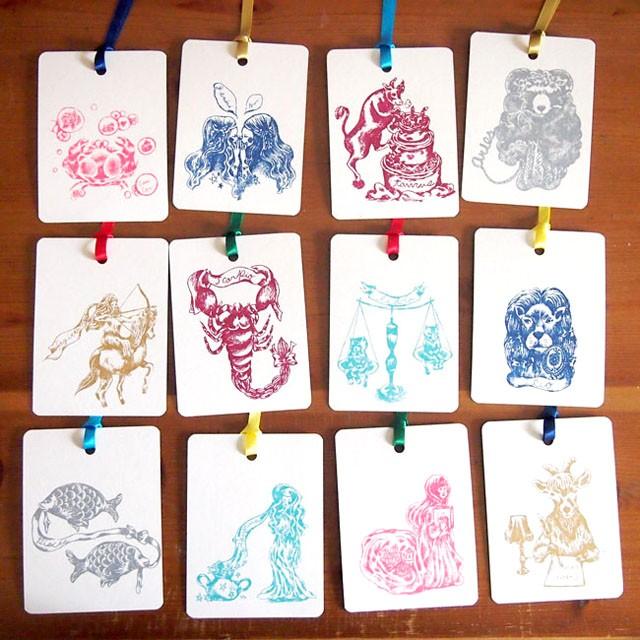 使い方いろいろ!繊細なタッチが可愛い星座のカードは12星座全部欲しい!