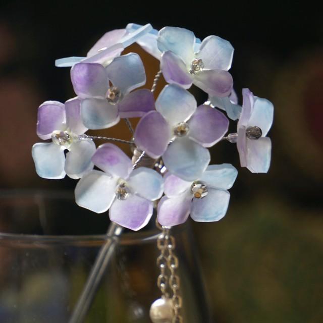 夏らしい、浴衣に合うフロスティな「変り咲き紫陽花の簪(かんざし)」